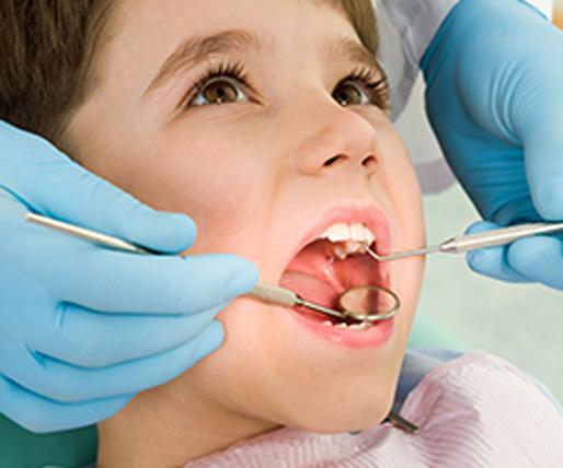Gustavo Garcia del Rio - Dentista para niños