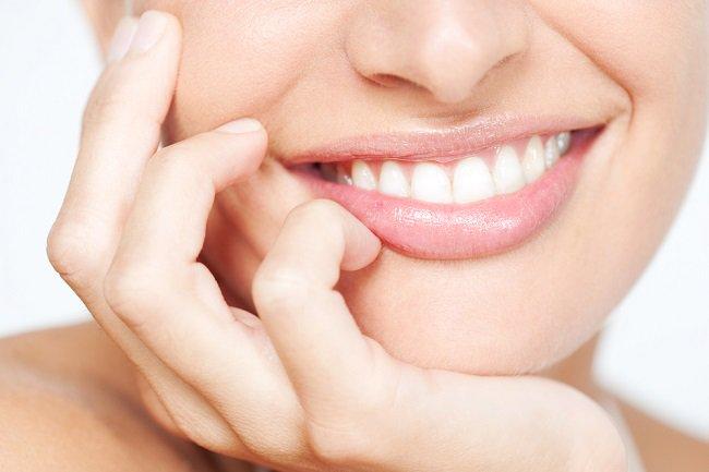 Cuidado de los implantes dentales - Clínica Dental Gustavo García del Río